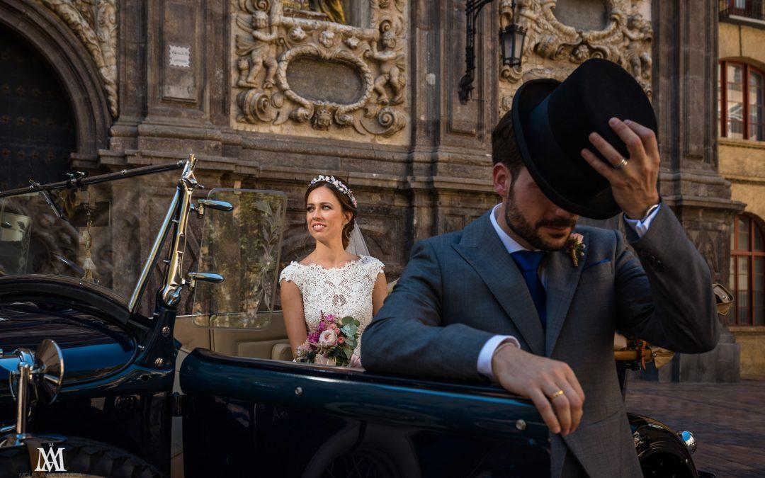Nacho + Beatriz  _  Boda en la Iglesia de Santa Isabel de Portugal / Gran Hotel (Zaragoza)